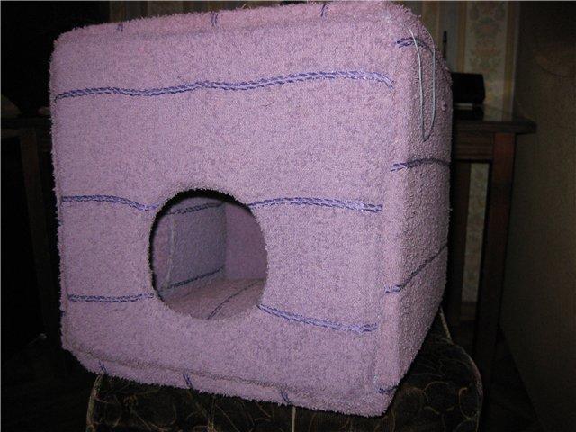 Теплый домик для питомца